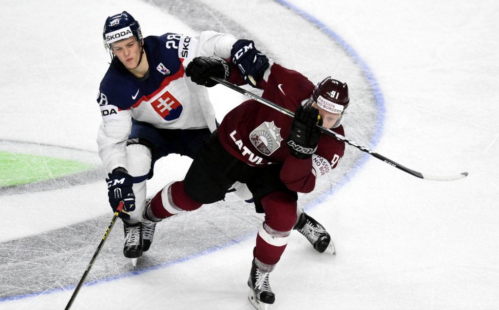 """Pasaules čempionāta spēle hokejā starp Latvijas un Slovākijas izlasēm  """"Lanxess"""" arēnā, Ķelnē."""